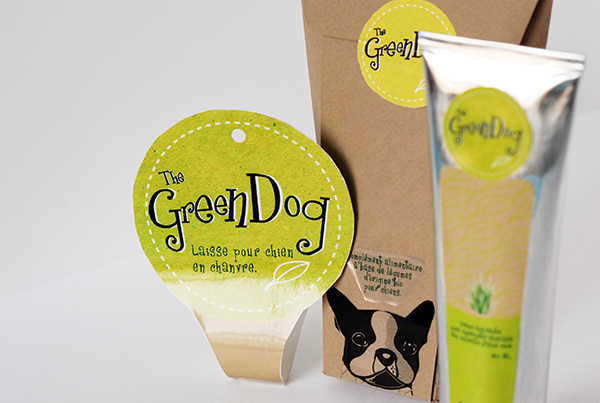 Bio product range for dogs composed with a soothing cream with aloe véra for pads, a box of nutritional complements with bio vegetables and also an hempy leash.