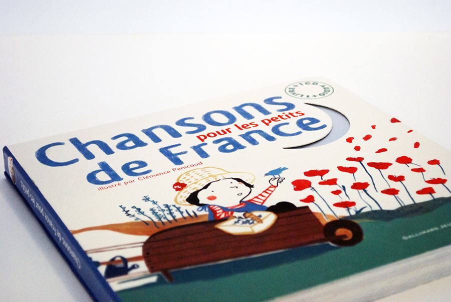 Typographic creation of the first cover title, with color pencil.